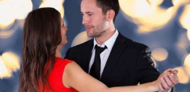 10 Bonitos, pequenos gestos românticos cada mulher vai adorar