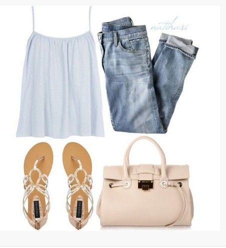 Bonito Primavera Outfit, racerback branco e sandálias
