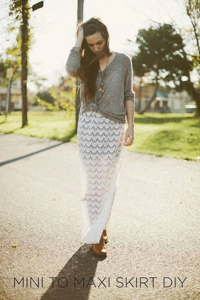 Longo Lace Skirt