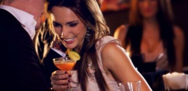 10 Grandes dicas para ajudá-lo a voltar para o namoro cena