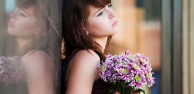 10 Mentiras que você diga a si mesmo se você estiver em um relacionamento infeliz