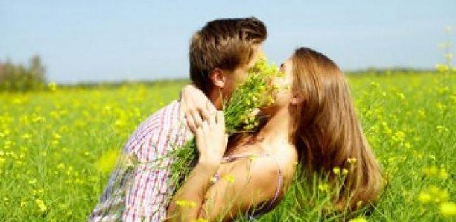 10 Pequenas coisas que podem tornar seu relacionamento mais feliz