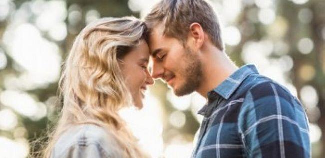 10 Perguntas para pedir seu namorado para se sentir mais perto