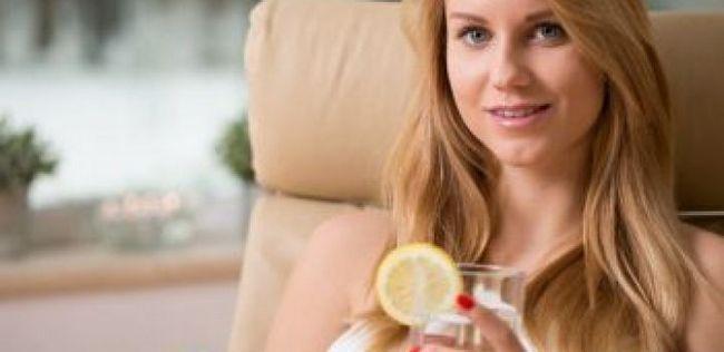 10 Mudanças de dieta simples que ajudarão você a perder peso