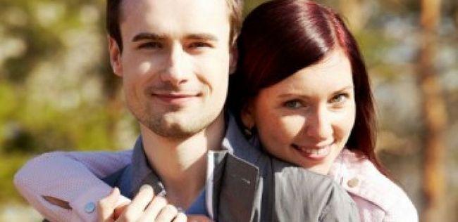 10 Dicas sobre como manter seu relacionamento forte quando vocês dois estão super ocupado