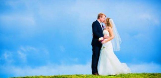 10 Dicas sobre como planejar um casamento incrível sem quebrar o banco