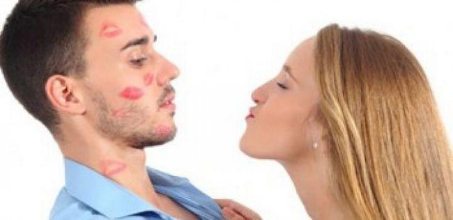 10 Dicas sobre como saber se o seu parceiro / namorado não está feliz