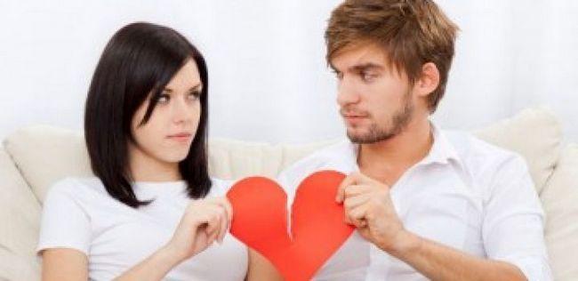 10 Sinais de alerta que você está simplesmente desperdiçando seu tempo com ele