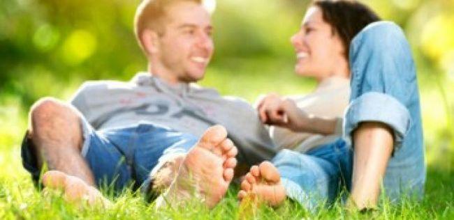 10 Maneiras de sugerir secretamente para o seu parceiro que ele é o único