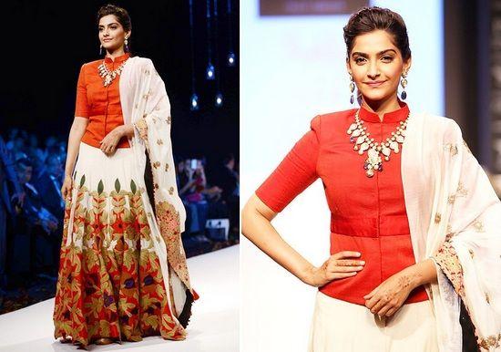 Anamika Khanna lehenga choli designer desgaste indiana