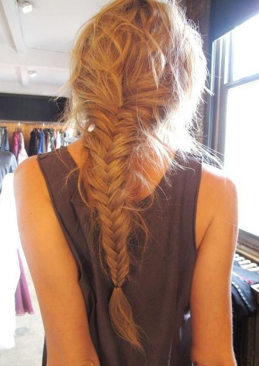 Messy Fishtail Penteado