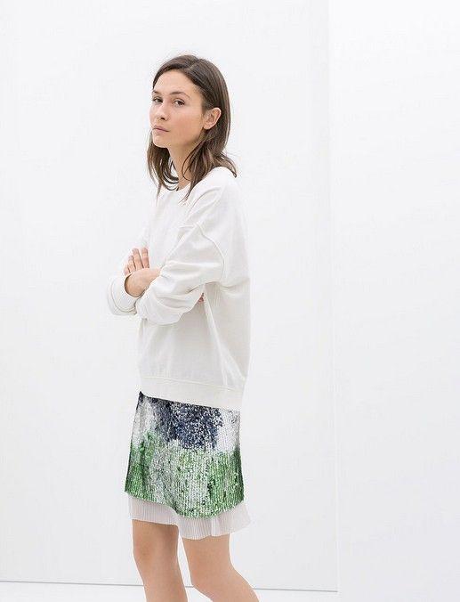 Zara Lantejoula e plissadas Miniskirt (US $ 70)