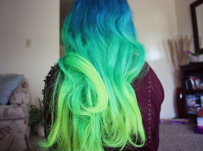 12 Penteados do arco-íris você vai querer copiar agora