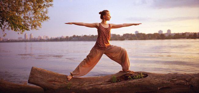 12 Exercícios de yoga para obter suas coxas e quadris em forma