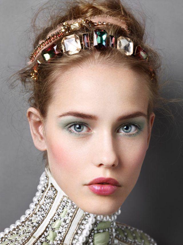 13 Maneiras de fazer tiaras de jóias diy
