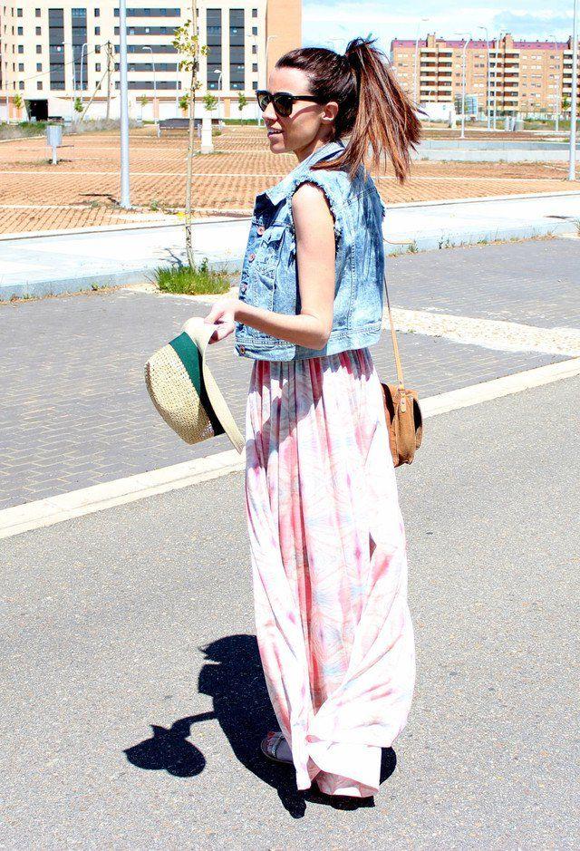 Idea vestido de chiffon Outfit com Denim Vest