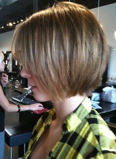 Elegante Shaggy Bob Haircut