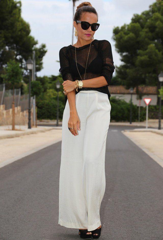 Black Top Sheer branca e jeans