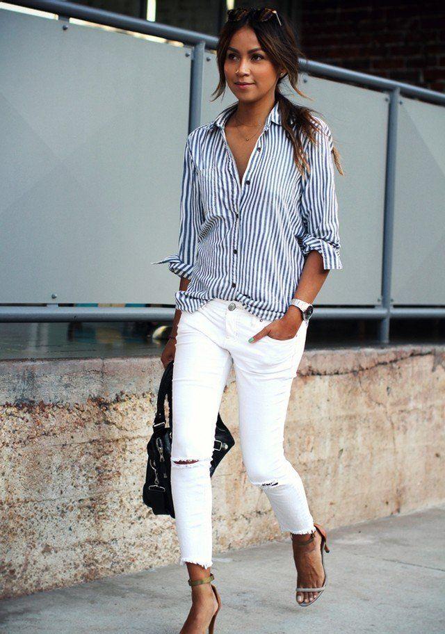 Stripe Blusa branca e jeans
