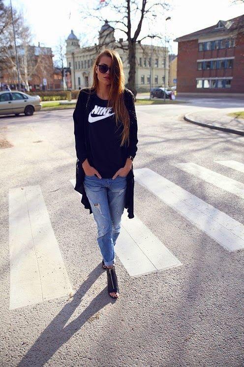Top preto com Jeans Boyfriend
