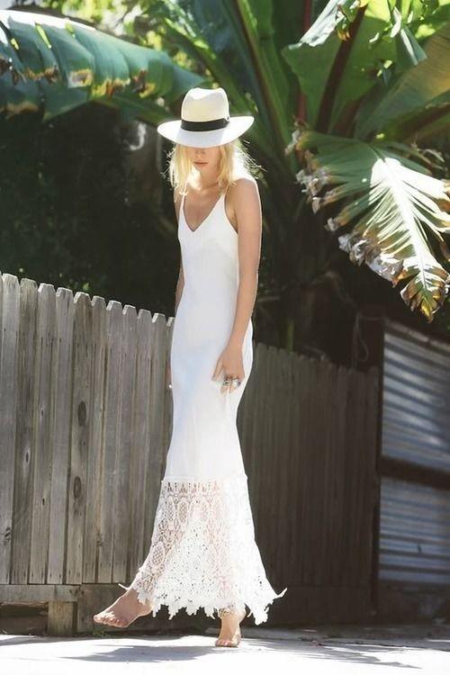 Idea equipamento elegante com Whtie vestido longo