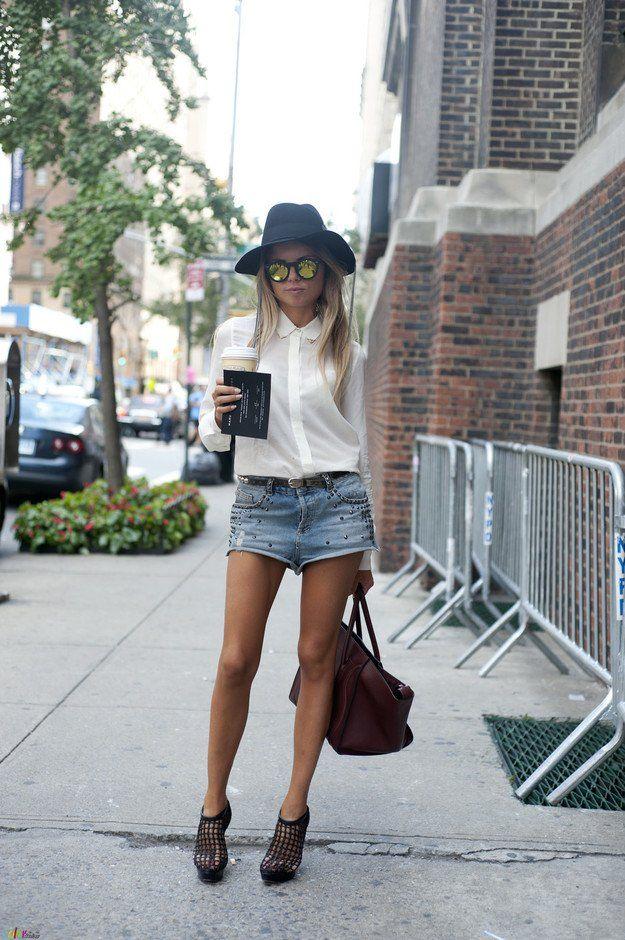 Blusa branca e shorts jeans Outfit
