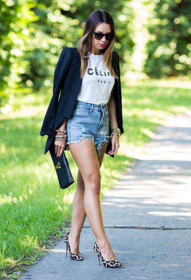 Blazer preto e Denim Shorts Outfit Idea