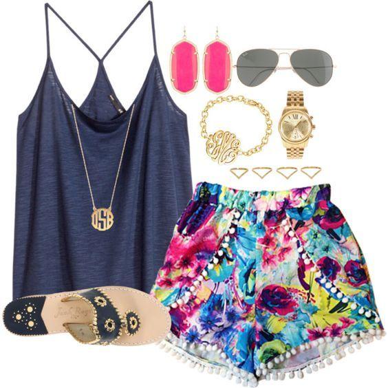 Blue Top e Shorts florais via