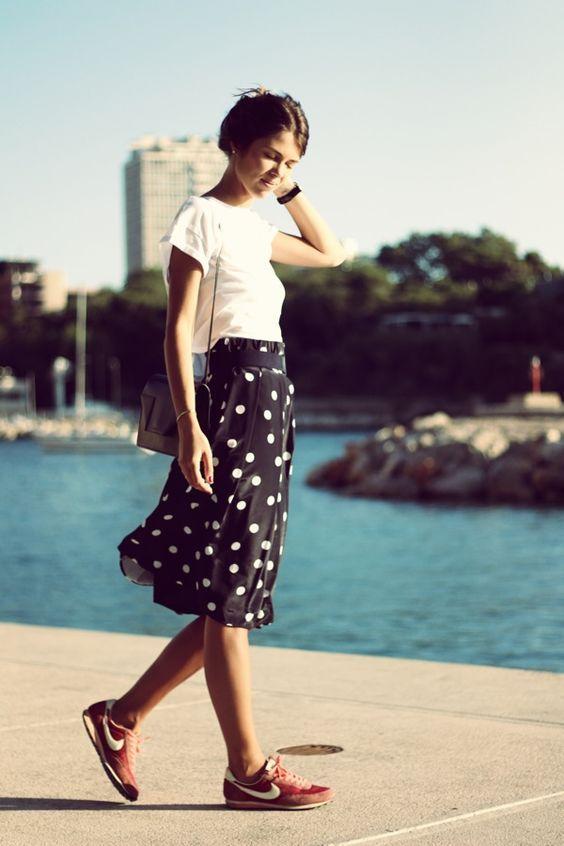 Polka Dot Skirt e Sneaker