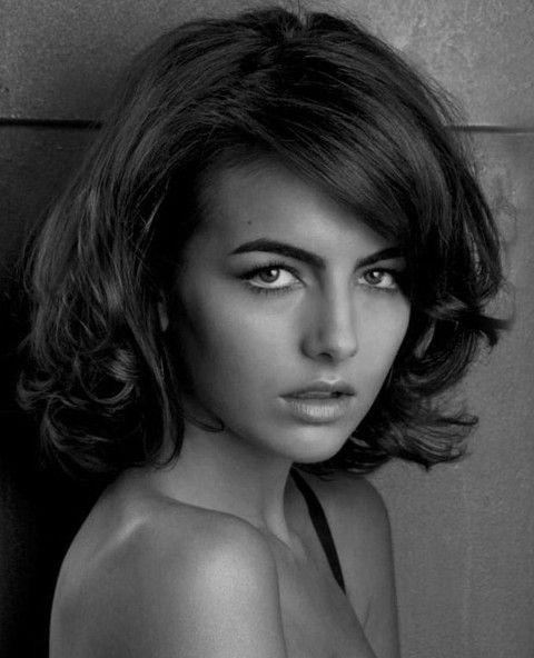 Camilla Belle Penteados: penteado à moda Médio Ondulado