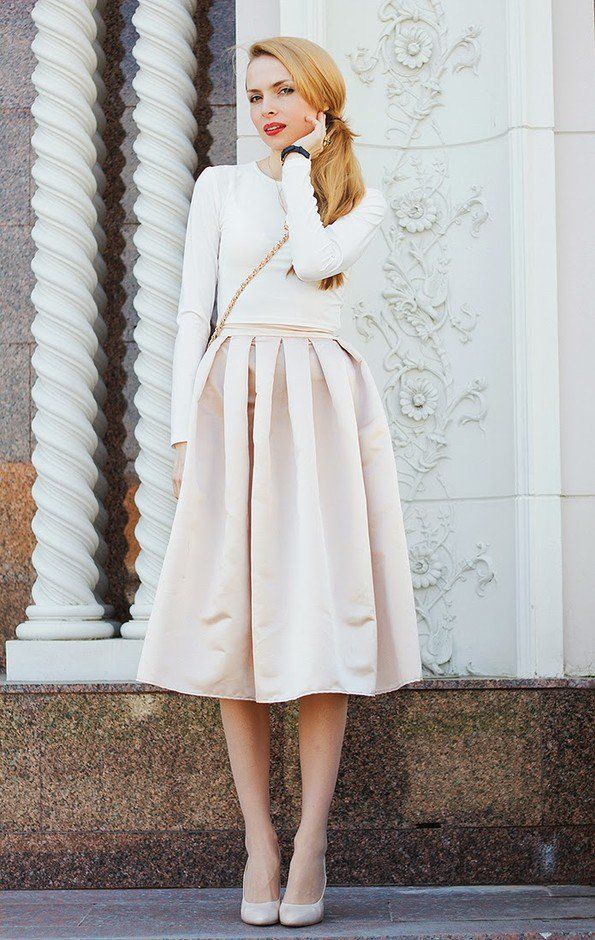 Todos Idea Branco Outfit com saia de Midi