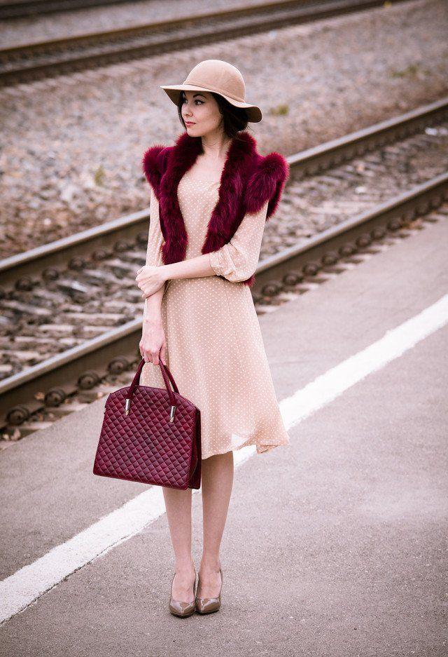 Polka vestido pontilhado por Mulheres