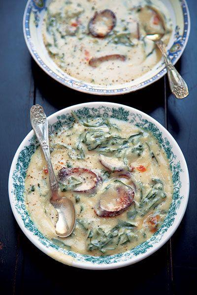 Collard Greens, Salsicha, e farinha de milho Soup