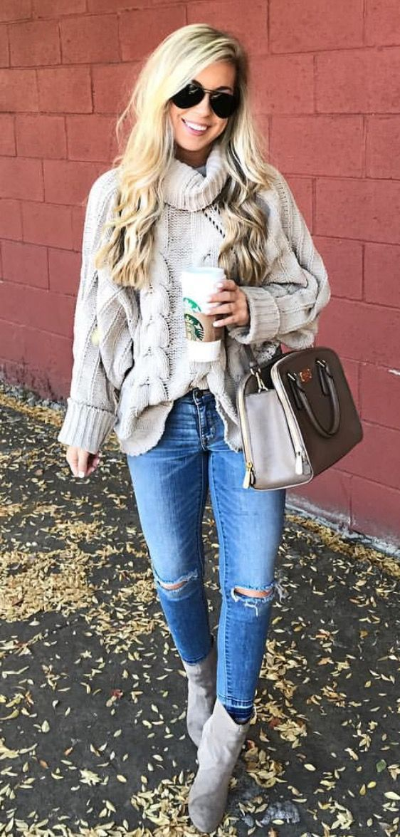 gola alta-camisola-Crop-jeans-e-botas de via