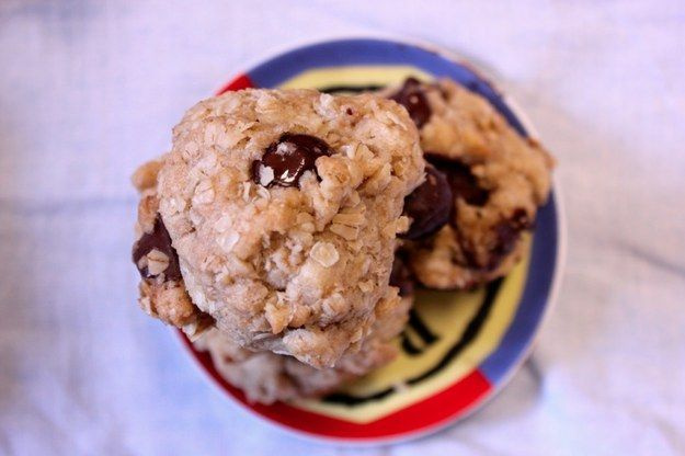 Oatmeal Vegan Chocolate Chip Cookies