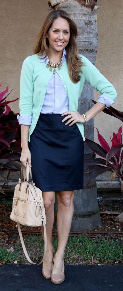 azul-top-preto-saia e-verde-cardigan via