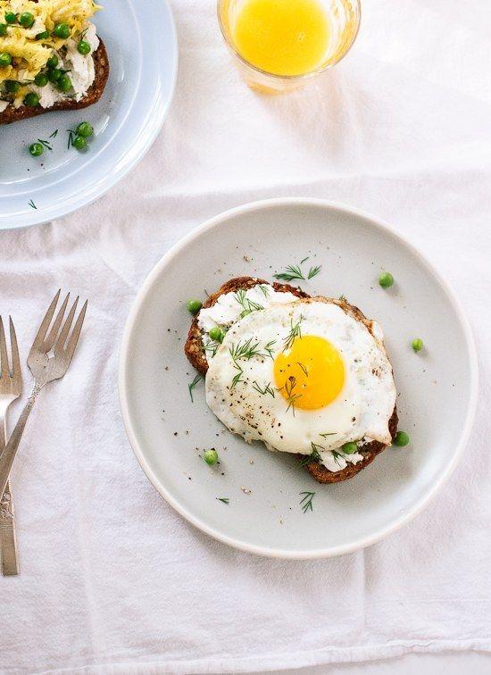 Queijo de cabra e Egg Toast