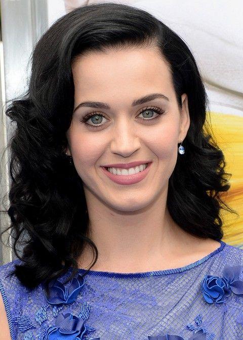 Kat Perry Penteados: à moda separaram-lado médio Curls para as Mulheres