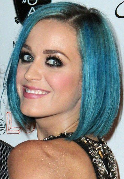 Kat Perry Penteados: Bob azul Side-se separaram