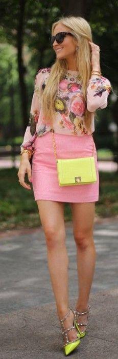 saia de couro rosa