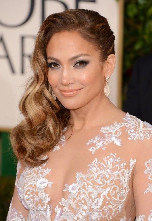 Jennifer Lopez Side Parted Longo Penteado