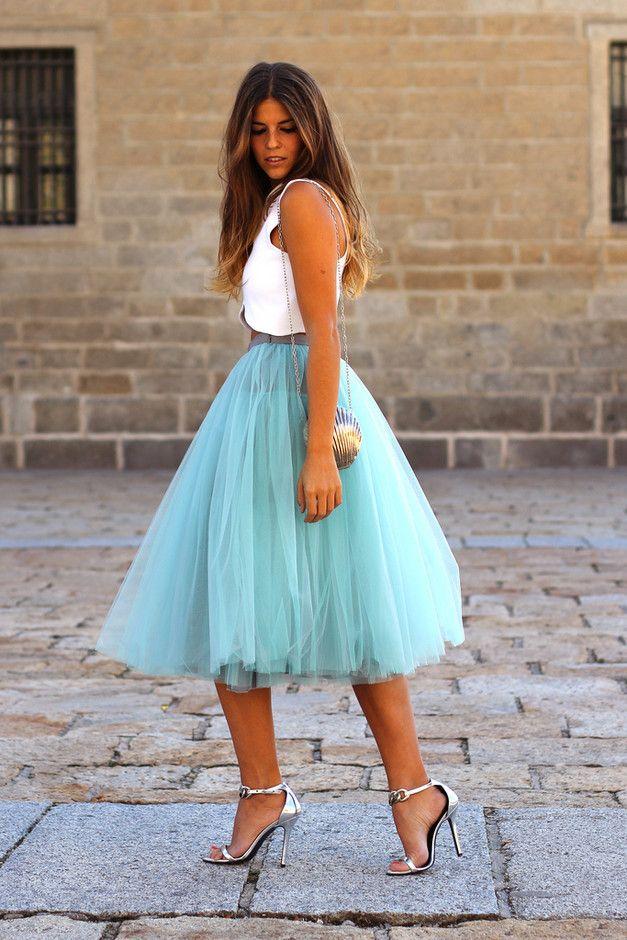 Azul bebê saia de Midi Outfit