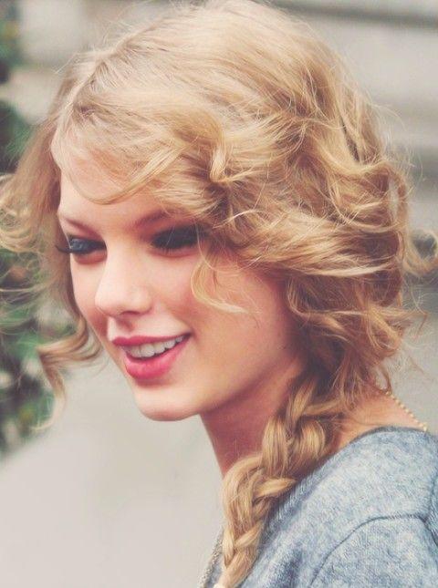 Taylor Swift Penteados: Fabulous Trançado Penteados para Beauties
