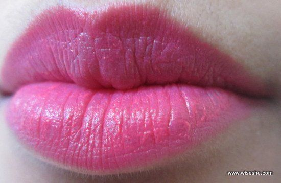 Maybelline-Bold-MAT1-Lip-swatch1