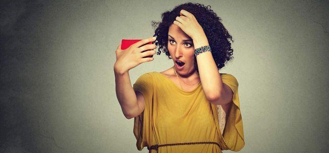 31 Maneiras simples para se livrar de cabelos brancos em uma idade jovem