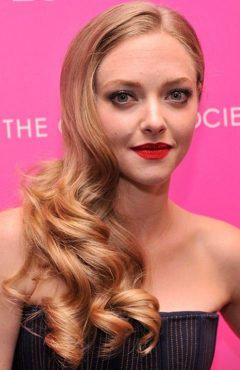 35 Amanda seyfried penteados mais impressionantes