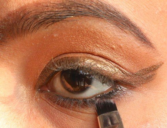 angular-brush-for-Fumarento-olhos