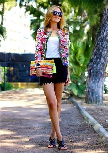 Tops para usar com Black Lace Shorts
