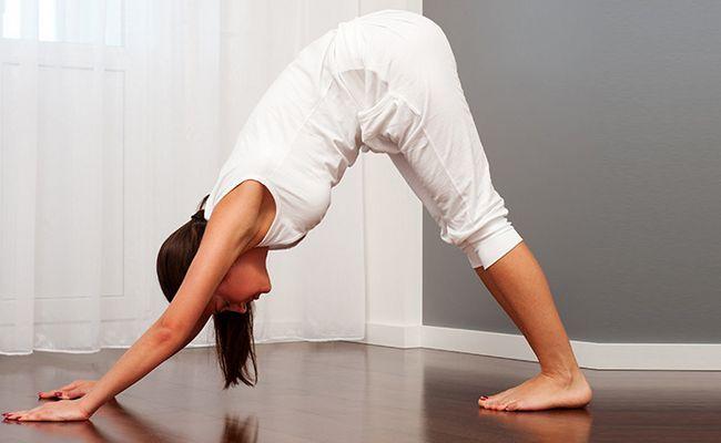 7 Yoga coloca para fazer o jantar pós para uma boa noite de sono