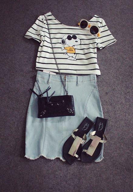 T-shirt e Pencil Skirt